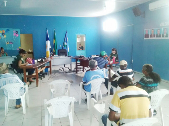 CADASTRO AMBIENTAL RURAL SENDO REALIZADO NA CÂMARA MUNICIPAL DE CHAPADA DA NATIVIDADE.